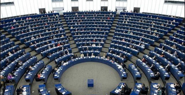 Assistenti presso il parlamento europeo e il servizio for Parlamento sede